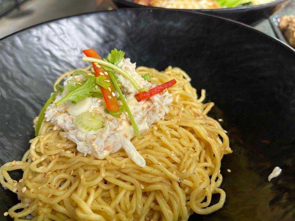 Lump Crab Garlic Noodle